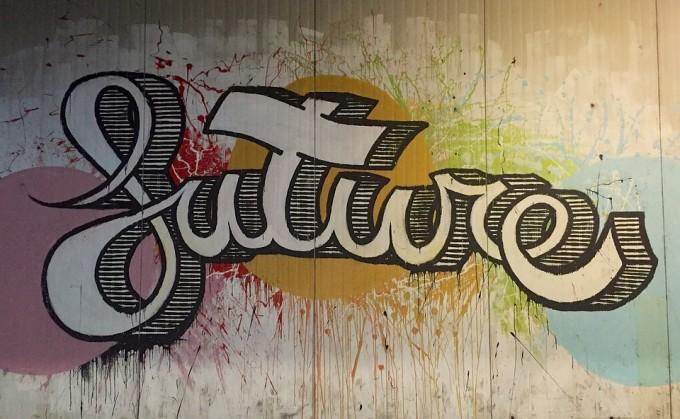 domena publiczna, https://pixabay.com/pl/przysz%C5%82o%C5%9B%C4%87-graffiti-%C5%9Bciany-farba-866226/