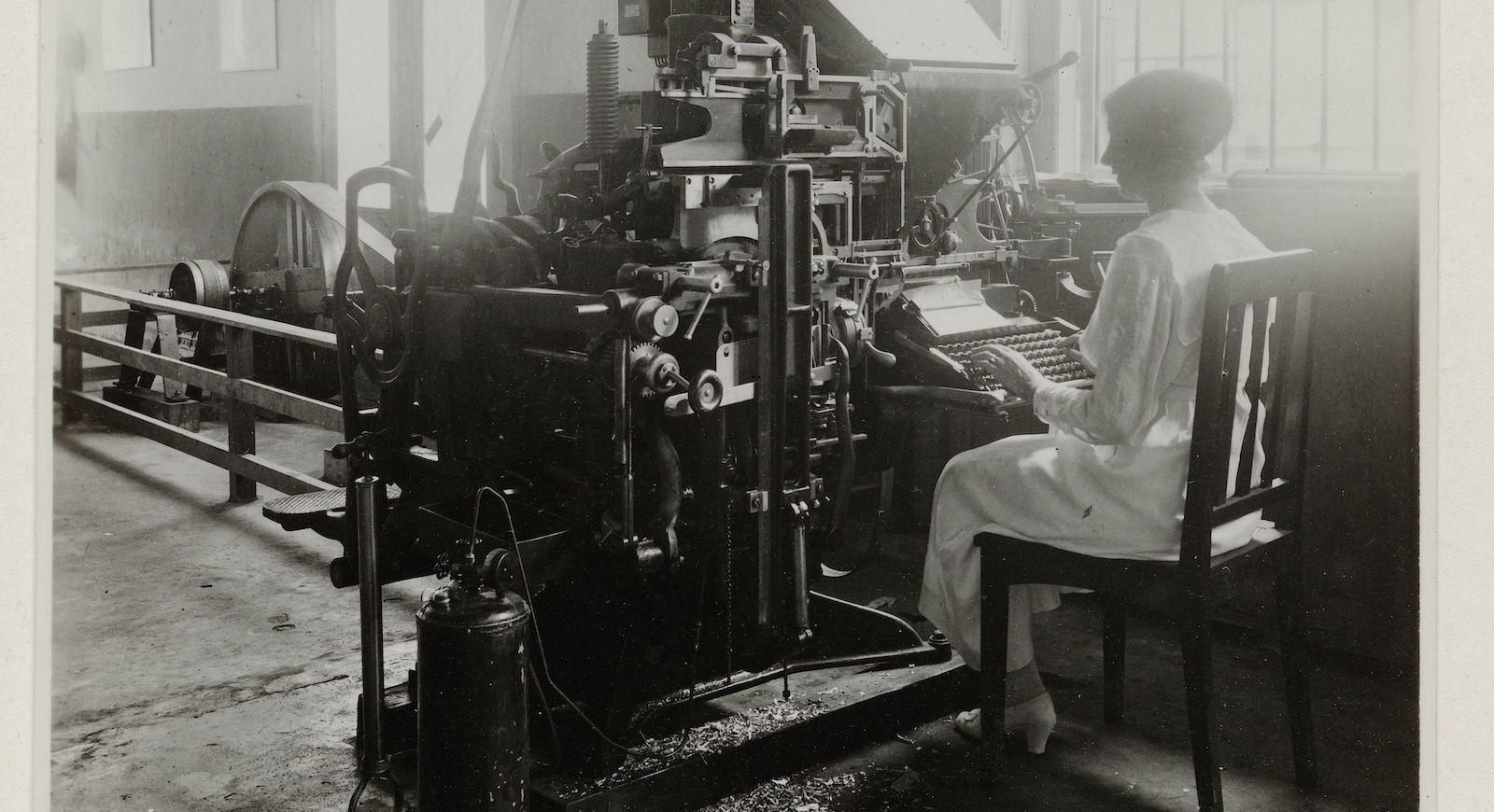 Zetmachine in de drukkerij, T. Kaneo, 1921